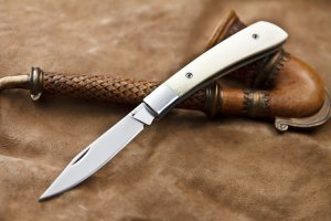 Kizlyar Supreme - Gent AUS8 Polished Finish, BONE