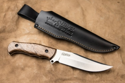 Kizlyar Supreme - Caspian AUS8 Satin finish, Walnut handle